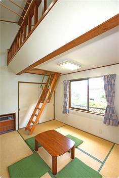 Japanese-Style Room 107 ft2 with 54 ft2 loft and Shared Bathroom