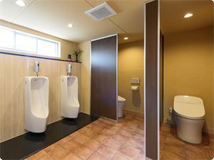 別館のお部屋は風呂トイレ別となっております。 トイレもリフォームし、キレイで使いやすいトイレです。