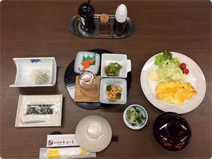 朝食付きプランの1例です。 料理内容は変更になる場合がございます。