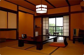 山鶯の客室