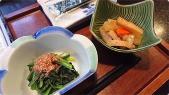 朝食もお野菜中心、やさしい味付けの、お浸しや、煮物をお楽しみください