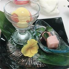 桜わらび餅とシャーベットwithアングレーズソース