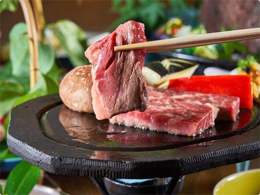 【山咲・梅膳】絶品肥後牛と赤鶏、地元小田の野菜を愉しむメニューです