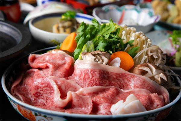 但馬牛を関西風のすき焼きでご賞味ください。