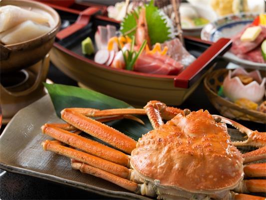 冬の特選かにふぐコースでは、まるごと1杯蟹付です!