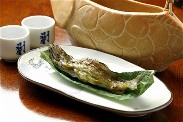 岩魚の骨酒2(ズーム)