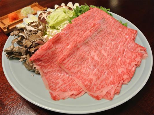 特別追加料理、福田屋の「りんごで育った信州牛」の牛しゃぶです。