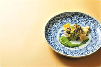 鰆と新筍の杉板焼き富貴味噌風味