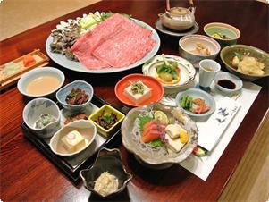 夕食を信州牛しゃぶしゃぶに変更した場合の夕食の一例です。