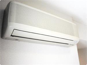 エアコン完備(お客様のお好みで、快適な温度に設定なさって下さい。各部屋に完備致しました。)
