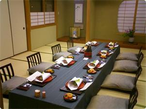グループ様の場合ご用意させて頂きますお食事会場のイメージです。